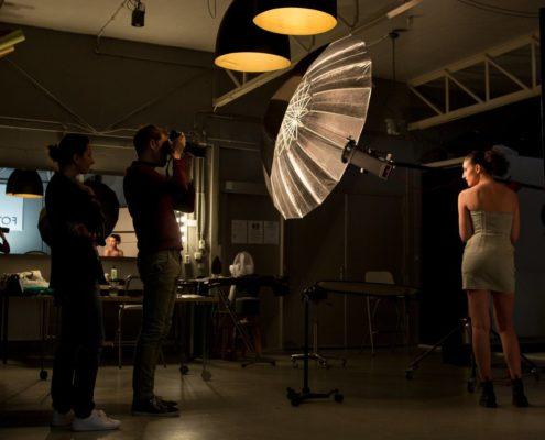 Achter de schermen fashionshoot fotostudio huren