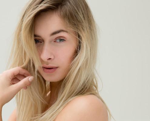 Modelfotografie natuurlijke lichtinval